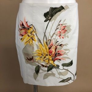 White House Black Market Floral Embroidered Skirt
